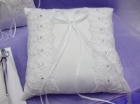 Classic Ring Pillow